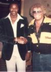 mit Ali-Bezwinger und Weltmeister im Schwergewicht Larry Holmes